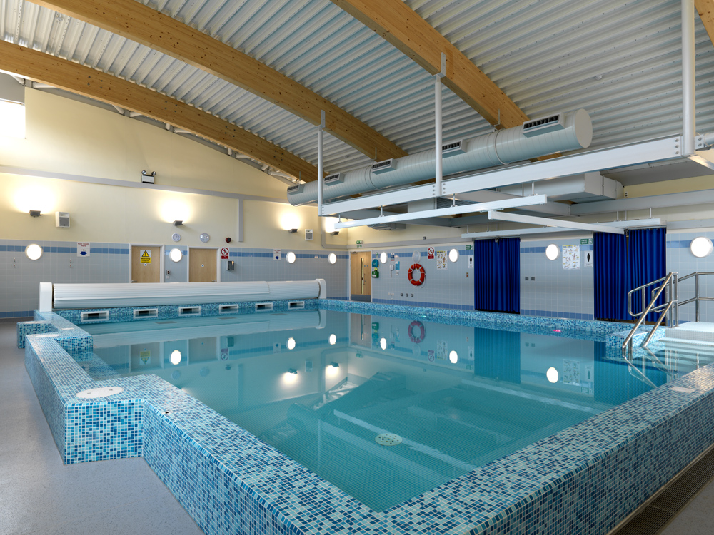 Hydrotherapy pools david hallam ltd uk swimming pool for Swimming pool design uk